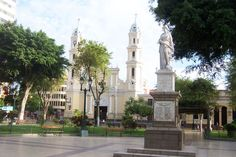 Plaza de armas, Piura, Perù