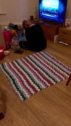 Treble stitch ripple blanket
