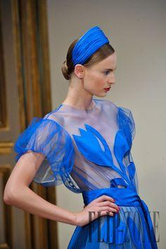 Yulia Yanina Fall-winter 2012-2013 - Couture - http://www.flip-zone.com/yulia-yanina-2954