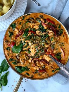 Food N, Food And Drink, Delicious Salmon Recipes, Pesto Pasta, Fried Chicken, Food For Thought, Food Inspiration, Chicken Recipes, Curry