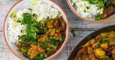 Villámgyors padlizsán curry recept képpel. Hozzávalók és az elkészítés részletes leírása. A Villámgyors padlizsán curry elkészítési ideje: 30 perc Curry, Vegan, Cooking, Ethnic Recipes, Food, Minden, Yum Yum, Kitchen, Curries