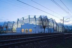 majori-sports-hall-by-substance-pic-01.jpg