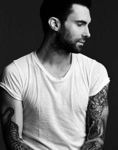 Adam Levine Maroon 5 2017 iPhone Wallpaper