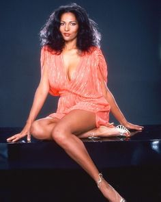 Timeless from head to toe #PamGrier
