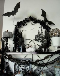 Halloween decorations :IDEAS & INSPIRATIONS  Elegant Black And White Halloween Decor