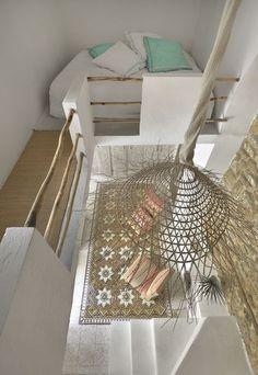Une mazzanine de rêve pour un sommeil dans les airs. Plus de photos sur Côté Maison http://petitlien.fr/841l
