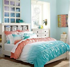 Beach Style Bedroom Ideas - Beach Bedroom Style. This beach home bedroom, located on Suitable House, is a best example of beach style. Heaven and also white palette, the shiplap wall surfaces, the laid-back ambiance, and also the use of seashells as well as various other ocean life as accents are all characteristics of this very easy, breezy style. Perfect. #beachstylebedroom #bedroomideas #palmbeachstylebedroom