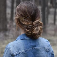 19 Fishtail Hairstyles for that hip look  Hairstyle Monkey Fishtail Hairstyles, Natural Braided Hairstyles, Pretty Hairstyles, Fishtail Braids, Trending Hairstyles, Latest Hairstyles, Fishbone Braid, Types Of Braids, Homecoming Hairstyles