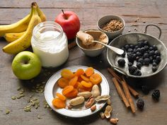 25 Snacks That Won't Leave You Hungry http://www.prevention.com/food/cook/snacks-that-wont-leave-you-hungry