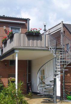 Balkonbespannung - nach Kundenwunsch nach Maß gefertigt - ein Kundenfoto / balcony blind - customized on order -customerphoto