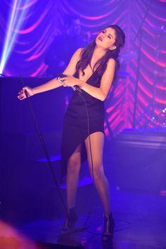 http://imagem.juliapetit.com.br/wp-content/gallery/2015/10/2015_10_29_estilo-selena-gomez/selena-gomez-tonight-show.jpg