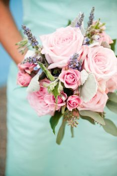 pink rose bouquet and mint dress