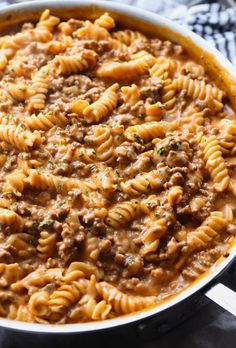 Creamy Beef Pasta Recipe is an easy pasta dish that is perfect for weeknight dinners. Its made in 30 minutes or less and is cheesy, and packed with flavor! Like homemade hamburger helper...but better! #cookiesandcups #pastarecipe #dinner #easydinner #recipe #30minutedinner #pastarecipes #beefpasta