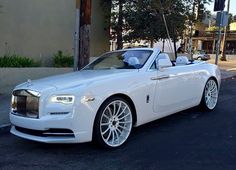55 ideas luxury cars rolls royce dreams for 2019 Auto Rolls Royce, Voiture Rolls Royce, Rolls Royce Wraith, White Rolls Royce, Rolls Royce Dawn, My Dream Car, Dream Cars, Automobile, Pinterest Instagram