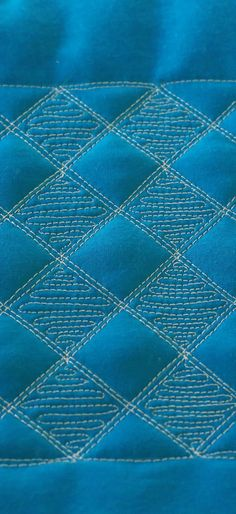 Grid Pop, Free Motion quilting tutorial: