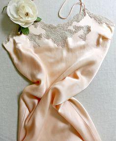 Vintage lingerie YOLANDE handmade floor length by VanitiesFair