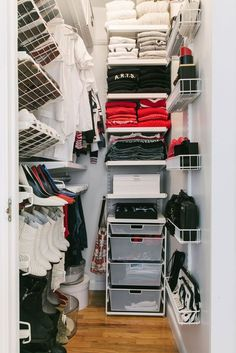Makeover for a tiny closet like my own.Small Walk-In Closet Organization Tips (Refinery