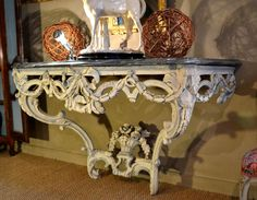 Large Louis XVI painted wood console, 18th century. From Provence (South of France) Opulent laurel, acanthus and knotted lace decor. Flowered basket cross bar. Geniune painting. For sale on Proantic by Carles 2 Bergada.#console #18thcentury