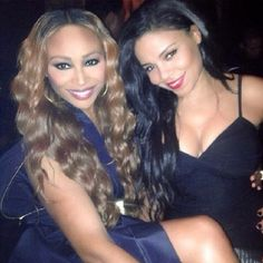 The amazing beauty of.Cynthia Bailey and Sanaa Lathan Pretty Black, Beautiful Black Women, Beautiful People, Cynthia Bailey, Golden Globes After Party, Sanaa Lathan, Cute Woman, Pretty Hairstyles, Her Hair
