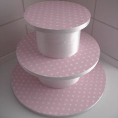 I think when serving cupcakes or mini cakes, they look so much better when served on a cake stand. So I have made a tutorial that will show you how to make a cupcake cake stand. When you have all the materials ready it is very easy and quick to make. You can adapt it…   [read more...]