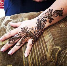 ====================== @autumnhenna @sheffield_mehndiartist  @kareemafosheema ❤ #mehndi #hennatattoo #henna #mehndidesign #hennadesign #hennaart #mehndiofig #hennaartist  #jaguatattooart #naturalhenna #bridalhenna#freestyle #hennapro#hennaart #hennaartist #hennadesigns #hennatattoo #instahenna #hennapics #hennapictures #jaguatattooart #jaguar #jaguar #mehndi #mehndipro #uk #mehndidesign #vegas_nay #henna #hennalove #hennatattoo