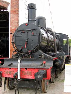 "230-4001 ""MZA 651"": Va ser creada per la companyia Hanomag a Alemanya, va funcionar des de l'any 1909 fins finals dels anys seixanta. Fue creada por la compañía Hanomag en Alemania, funcionó des del año 1909 hasta finales de los sesenta. It was created by the company Hanomag in Germany, it operated from1909 until the late sixties."