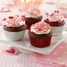 Chocolate Creamy Surprise Cupcakes
