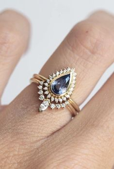 Blue Sapphire & Diamond Ring Set | MinimalVS on Etsy #diamondrings