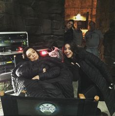 Agents of Shield season 3 behind the scenes skye / daisy chloe bennet ming na wen may