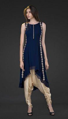 Simple yet stylish neck designs for kurtis - ArtsyCraftsyDad Salwar Designs, Kurti Neck Designs, Kurta Designs Women, Pakistani Dresses, Indian Dresses, Indian Outfits, Abaya Fashion, India Fashion, Fashion Dresses