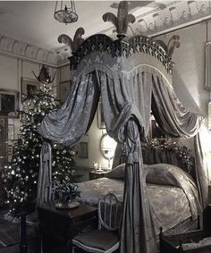 Modern Gothic Bedroom Design And Decorating Ideas - TopDesignIdeas Gothic Interior, Gothic Home Decor, Interior Design, Modern Interior, Steampunk Interior, Interior Office, Shabby Chic Furniture, Shabby Chic Decor, Gothic Furniture
