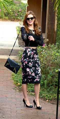 Floral midi skirt, so cute!