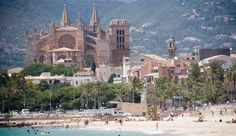 Palma cathedral with a wonderful beach in front