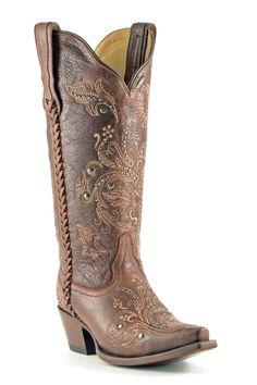 These Corral Boots make a gal happy!! Free shipping and on sale!