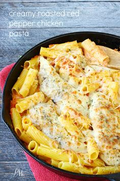 CREAMY ROASTED RED PEPPER CHICKEN PASTA