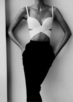 Not sure if it's a bra or a top, but I love it. Karlie Kloss in Muse #33 Spring 2013 by Mariano Vivanco