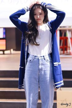 Blackpink Outfits, Kpop Fashion Outfits, Casual Outfits, Blackpink Fashion, Korean Fashion, Womens Fashion, Korean Airport Fashion, Cheap Fashion, Mode Kpop