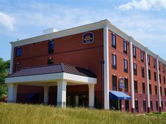 College Park (MD) Best Western PLUS College Park Hotel United States, North America Ideally located in the prime touristic area of College Park Suburbs, Best Western PLUS College Park Hotel promises a relaxing and wonderful visit. The hotel offers a wide range of amenities and perks to ensure you have a great time. 24-hour front desk, Wi-Fi in public areas are on the list of things guests can enjoy. Non smoking rooms, air conditioning, wake-up service, desk, alarm clock can be...