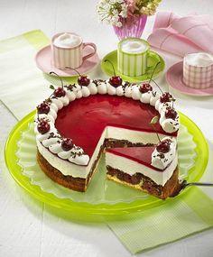 Unser beliebtes Rezept für Rotkäppchen-Kirsch-Torte und mehr als 55.000 weitere kostenlose Rezepte auf LECKER.de.