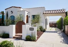 Photo 6 of 27 in Before & After: A Dilapidated Spanish Revival Home in L. Gets a Dazzling Renovation - Dwell Spanish Revival Home, Spanish Bungalow, Spanish Style Homes, Spanish House, Spanish Style Interiors, Spanish Style Bathrooms, Spanish Colonial Homes, Home Design, Spanish Exterior