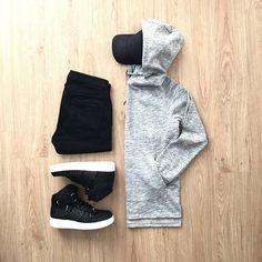 WEBSTA @ mrjunho3 - This post is sponsored by @forever21men.•••••#menswear #menstyle #votrends #suitgrid #outfitgrid #dapper #menwithstreetstyle #igfashion #mensfashion #outfitoftheday #gq #ootd #lookbook #fashionblogger #bananarepublic #forever21men #shopthatgrid #gap #sharpgrids #asosmenswear #topman #wdywtgrid #hm #clubmonaco #jcrewmens #stylishgridgame #cottonon #uniqlo #tokyofashion