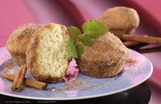 Fahéjba forgatott muffin – Receptletöltés French Toast, Muffin, Bread, Breakfast, Food, Morning Coffee, Brot, Essen, Muffins