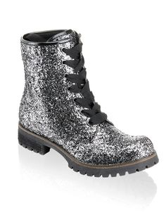 HUMANIC Funky Shoes Boots Shops, Funky Shoes, Beauty Queens, Me Too Shoes, Hiking Boots, Combat Boots, Shoe Boots, Runway, Fancy