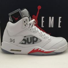 DS Nike Air Jordan 5 V Retro x Supreme White Size 11