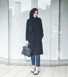 Hijab Casual, Hijab Style, Hijab Chic, Casual Outfits, Street Hijab Fashion, Fashion Pants, Fashion Outfits, Fashion Fashion, Vintage Fashion