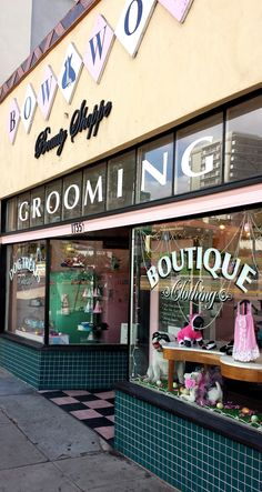 We are home to an award winning Pet Boutique, and Dog Bakery. Our clients love our retro ambiance, grain free dog treats, dog birthday cakes, and unique pet accessories. Our dog bakery ships nationwide. Dog Grooming Shop, Dog Grooming Salons, Dog Grooming Business, Pet Shop, Dog Pet Store, Dog Spa, Dog Bakery, Yorky, Dog Salon