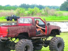 Oh how I miss those days.  Muddin & raisin hell with the country boys