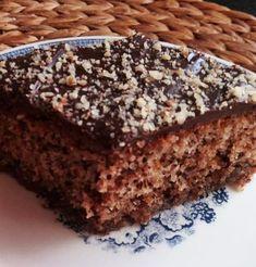 Καρυδοπιτα με γκαναζ σοκολάτας Greek Sweets, Greek Desserts, Greek Recipes, Honey Cake, Sugar Cake, Cookie Recipes, Dessert Recipes, Appetisers, Food And Drink