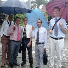 Out in the ministry in the Dominican Republic. -- JW.org -- Photo shared by @yendy_vasquez