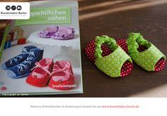 Süße Sommerschuhe aus meinem Buch: http://www.kreativlaborberlin.de/mein-buch-babyschuehchen-naehen/